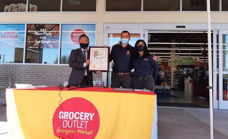 Picture #7 Chatsworth Chamber Grocery Outlet Ribbon Cutting Event